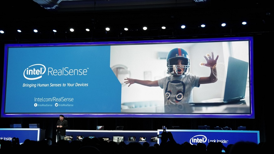 Ovládání gesty a rozšířená realita podle Intelu